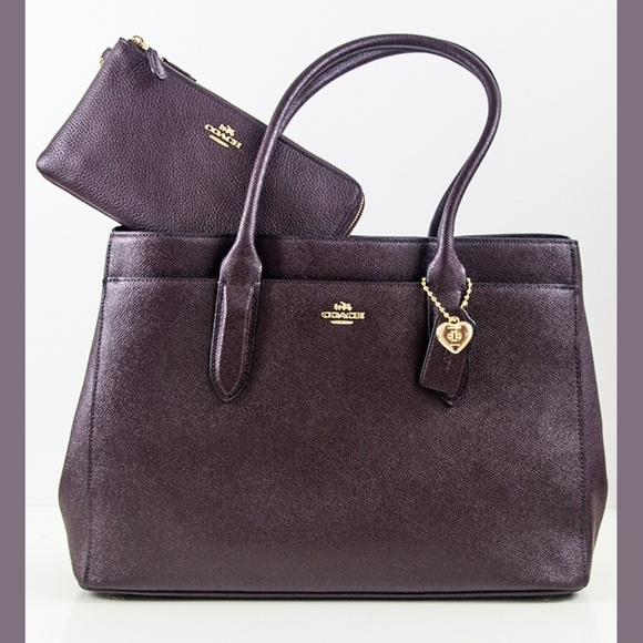 41084a838 Coach Bags | Bailey Large Carryall Tote And Wallet | Poshmark